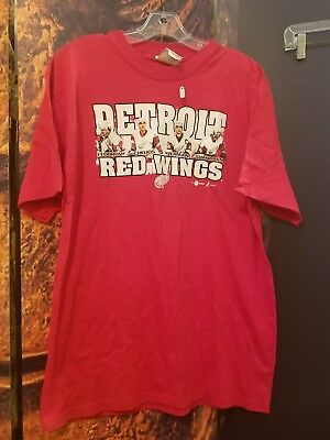 Vintage 90s Detroit Red Wings T-Shirt Large L  Chelios Fedorov Shanahan Yzerman