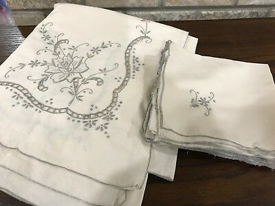 VINTAGE Hand Embroidered MADEIRA Linen TABLE CLOTH & 12 NAPKINS 61x102