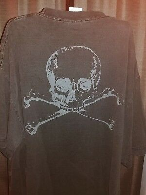 VINTAGE 90's SKULLS ALL OVER JOLLY ROGER  T SHIRT Sz XL (Skeletons in closet)