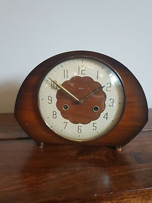Vintage 1950's Smiths Walnut Floating Balance Mechanism Mantel Clock (Oval Legs)