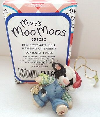 Mary's Moo Moos Hanging Christmas Cow Ornament Enesco 1994 65122