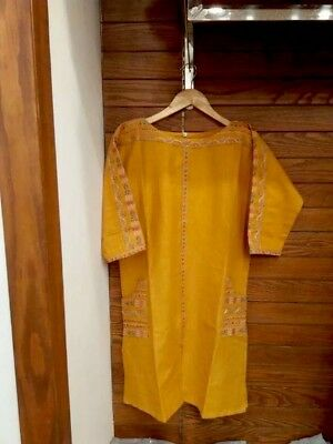 Pakistani / indian khaddar kurti With Beautiful Resham Embroidery Sz M