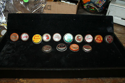 Lot of 14 Bottle Caps 12 Cork Lined NuGrape Fanta Grapefruit Squirt 7Up Nehi