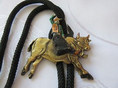 Bolo Tie Stier reitender Cowboy 54x54mm 34g 90cm lang Original The great USA