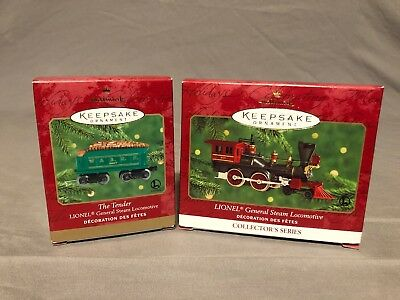 Hallmark Keepsake / Lionel General Steam Locomotive & Tender Set / 2000