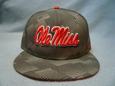 03a00105b47 Nike Ole Miss Rebels Anthracite BRAND NEW snapback hat cap Mississippi  Football