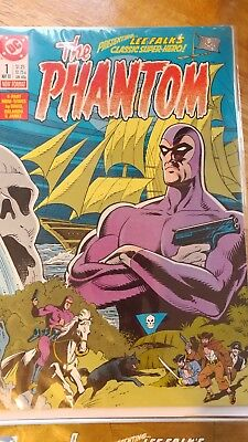 The Phantom #1, #2, #3 & #4 lot 1988, the first Phantom in very fine+ shape