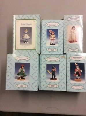 Madame Alexander Figurines - Alice in Wonderland-Brazil - Peter Pan  Figurines