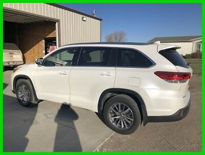 2017 Toyota Highlander XLE 2017 Toyota Highlander XLE  3.5L V6 24V Automatic AWD SUV, Only 13,375 Miles