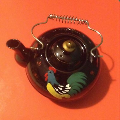Vintage Black Tea Pot With Rooster And Lid-Footed Base-Cool Wire Handle