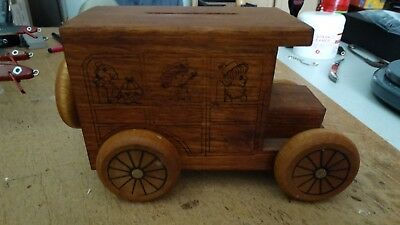 Vintage Wooden Car Coin Bank Toy's Talgia 1978 U.s.a.