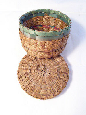 Vintage / Antique  Small Wicker Basket w/ Lid Adorable - Sewing - Home Decor etc
