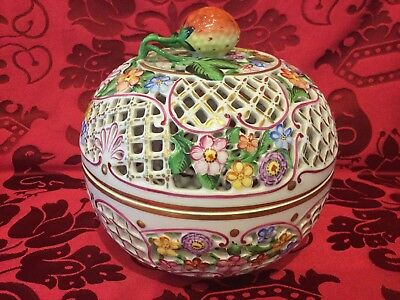 OLD MARK ANTIQUE Herend Painted Porcelain Pierced Covered Bowl Strawberry Finial