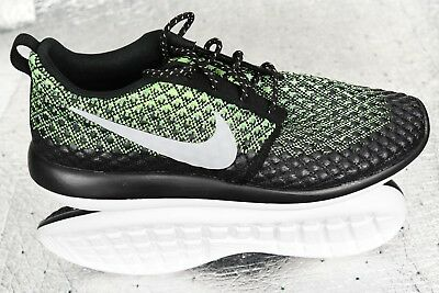 official photos 1248f fb844 New Men s Nike Roshe Two Flyknit 365 Size 9 Black Volt Green 859535-700  140