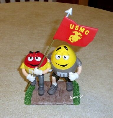 M&M's Hamilton Collection Full Color Salute to the USMC ~ Flying Colors