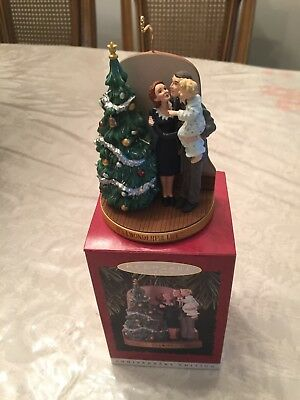 "Hallmark "" It's A Wonderful Life Ornament New With Box Excellent."