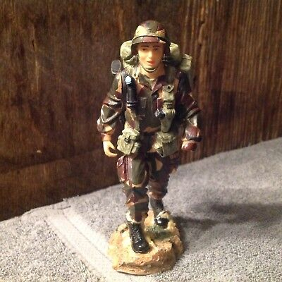 """Vanmark 2000 American Heroes """"another Morning Stroll"""" Army Figurine"""