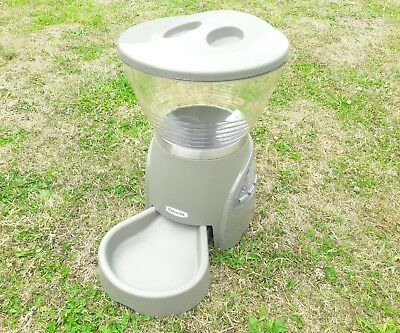 Petmate 5Lb Automatic Digital Pet Food Dispenser For Cats And Dogs Or Similar