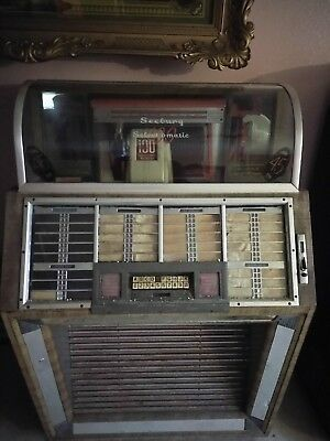 1951 Seeburg 100B Happy Days Jukebox