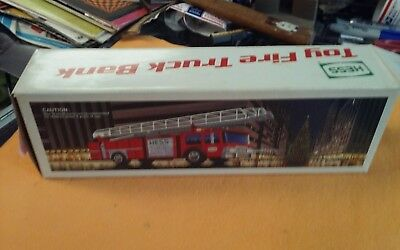C-93 Hess Truck 1986 Toy Fire truck Bank great condition,