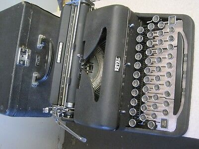 Vintage Royal Arrow 1940 s Typewriter Amazing Original Condition as was removed