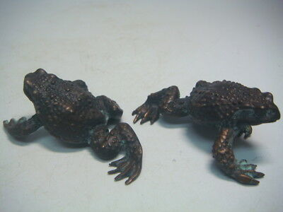 A02  Antique Japanese copper toad statue