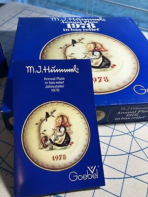 Goebel Hummel 1978 annual plate and first edition bell new in box