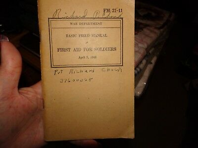 WW2 Vintage 1943 US G.I. BOOK FM 21-11 FIRST AID for SOLDIERS Original