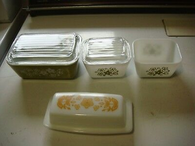 Vintage  Pyrex 3 Refrigerator Dishs With 2 Lids & Covered Butter Dish  lot#108