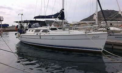 Blue water cruising yacht. Hunter 44 deck saloon, sailing boat, reduced price