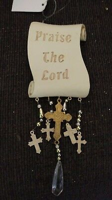 """Praise the Lord"" Ornament"