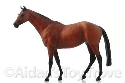 Breyer Guinevere 877 - Traditional Model Horse - Touch of Class Bay Thoroughbred