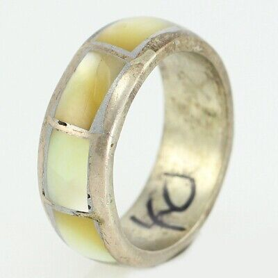 VINTAGE 925 STERLING Silver Yellow MOP Shell Inlaid BAND RING Size 4 Southwest
