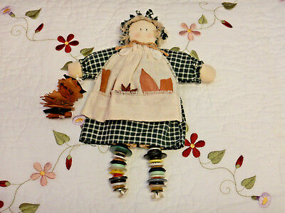 "VTG Primitive Folk Art 10""Doll w/Apron-buttons Legs & holding Condiments Pre-Own"