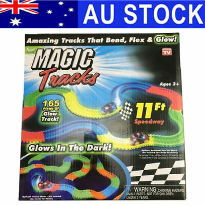 Glow in the Dark LED LIGHT UP RACE CAR MAGIC TRACKS Bend Flex Racetrack 220 AU