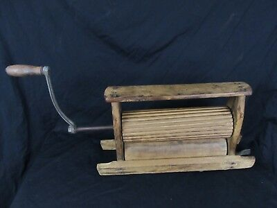 Rare Lovell 1873 Antique Wooden Hand Crank Clothes Ringer AGENTS WANTED