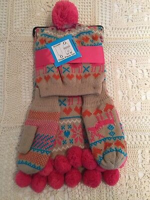 Womens / Girls Hat, Scarf And Mittens Set