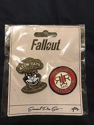 SDCC 2018 EXCLUSIVE Toynk Fallout Enamel Pin Set Atom Cats Red Rocket Gas