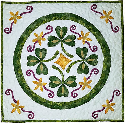 Luck of the Irish Pennsylvania Hex wall sized FINISHED QUILT