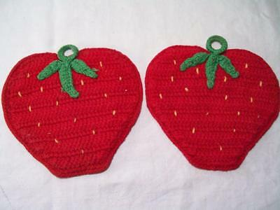 vintage crocheted Strawberry Potholders w/ seeds 2 pc. lot matching pair OOAK