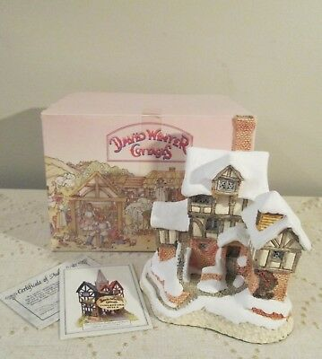 David Winter Cottage 1987 Scrooge's Counting House Christmas  MINT Box, Cert