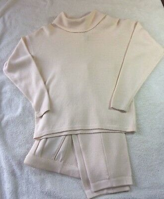 St John by Marie Gray Knit 2 Piece Ivory Sweater Pant Outfit Set  ladie sz S / 2