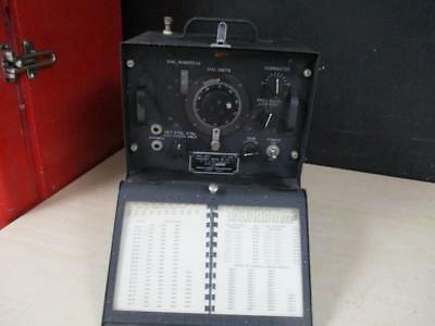 Wwii Signal Corps Frequency Meter Bc-221-T With Calibration Book