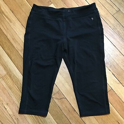 db6f944fdc Danskin Now Womens Fitted Capri Pants Size L 10-12 Athleisure Yoga Solid  Black