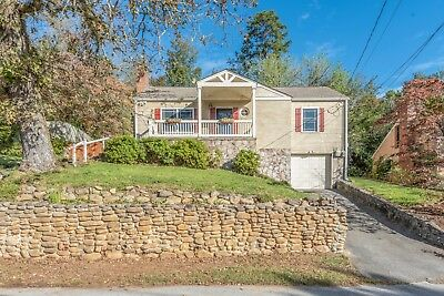 North Chattanooga Bungalow!