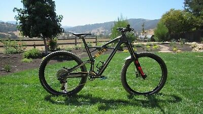 68cfbdb7d4b USED 2017 SPECIALIZED Stumpjumper Comp Carbon 650b Large - $1,550.00 ...