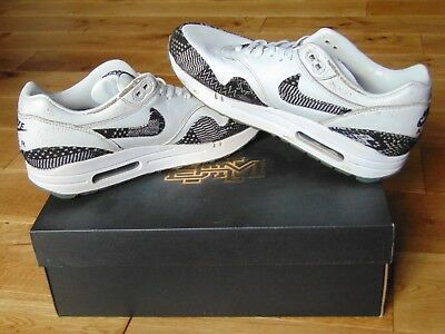 sale retailer 34182 073a4 ... UK7 US8 EU41 · Like us on Facebook · Nike Air Max 1 BHM (Black History  Month) - White Black - Size