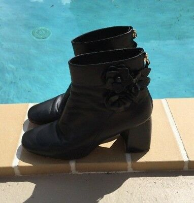 955bace5477c85 TORY BURCH BLACK LEATHER LEATHER FLOWERS ANKLE DETAILS CHUNKY HEEL BOOTS Sz  8M