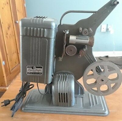 Vintage KEYSTONE E-946 16mm Moviegraph Projector - Home Movie, antique
