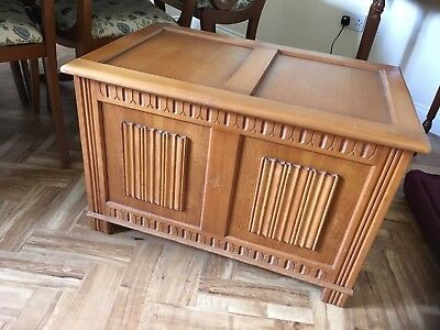 Antique style light oak pine wood linenfold carved trunk blanket toy box chest